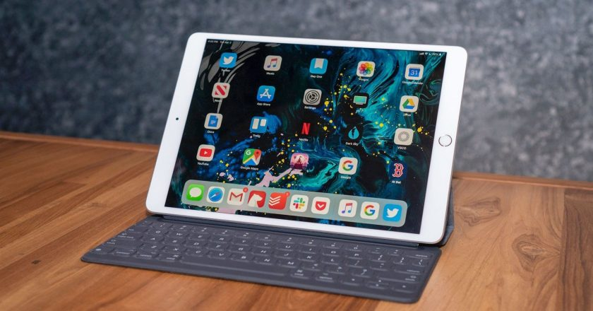 The All New Apple iPad Air Review 2020 With New Features